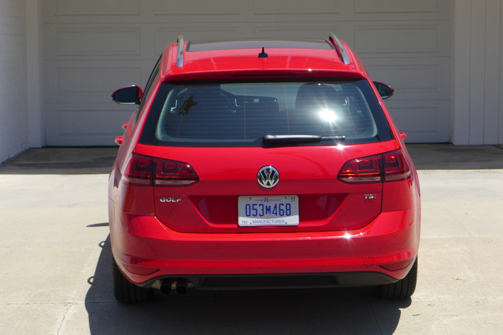 2016 Volkswagen Golf SportWagen rear view
