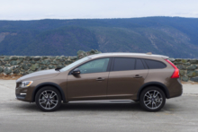 2015 Volvo V60 T5 AWD Cross Country side view