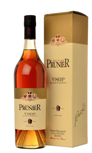 Cognac Prunier VSOP Grande Champagne boasts rich fruity and floral aromas with notes of apple, rose and light orange