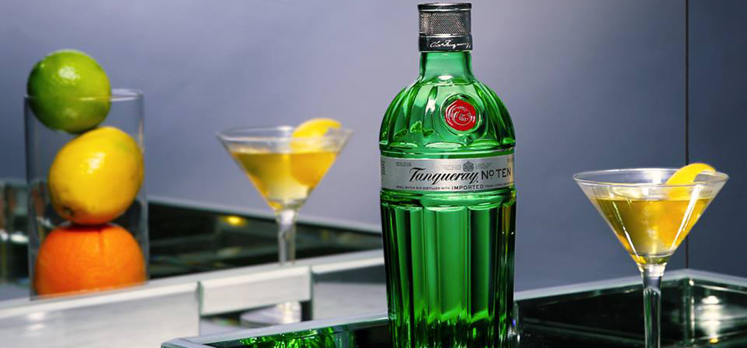 Tanqueray No. Ten Gin uses fresh, whole fruit botanicals