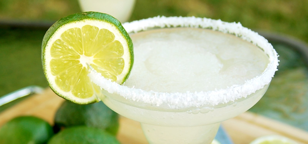 Impress at your next dinner party with this carbonated margarita recipe