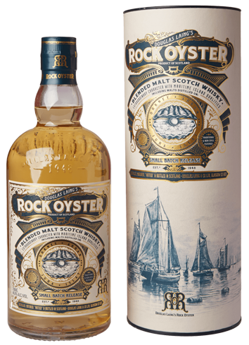 Rock Oyster Blended Malt Whisky has flavors of peat, brine and honey