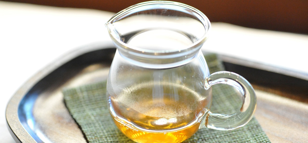 Check out GAYOT's guide to yellow tea