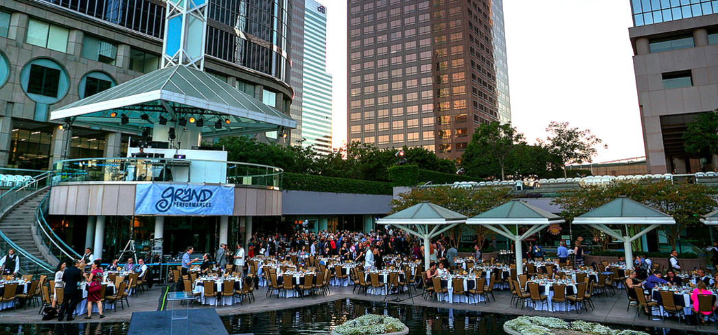 Grand Performances on the California Plaza
