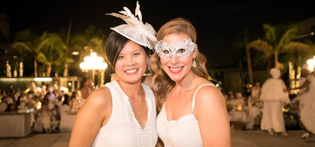 Guest decked in white for Le Diner en Blanc in DTLA