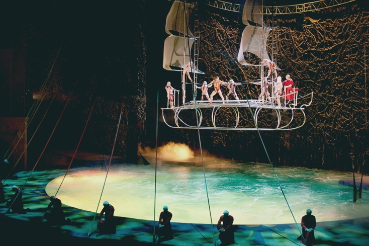 View amazing feats performed in the aqua-themed setting of O by Cirque du Soleil at the Bellagio