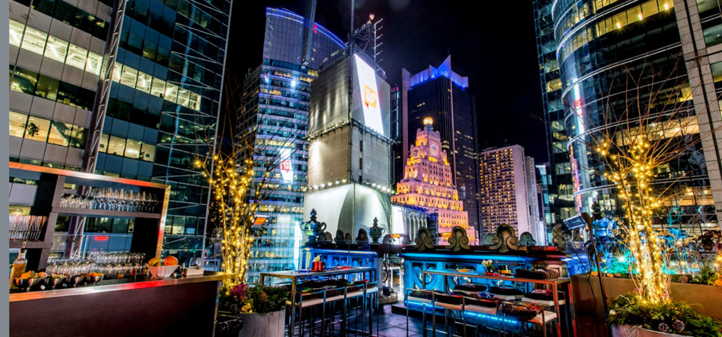 NYE on the rooftop of the Knickerbocker Hotel