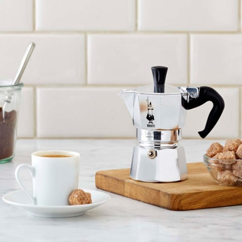 Make 6 cups of premium espresso in minutes using the Bialetti Moka Express