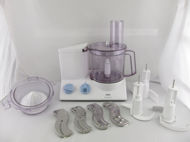 Enjoy quiet chopping and blending with the Braun K650 Multiquick Kitchen Food Processor