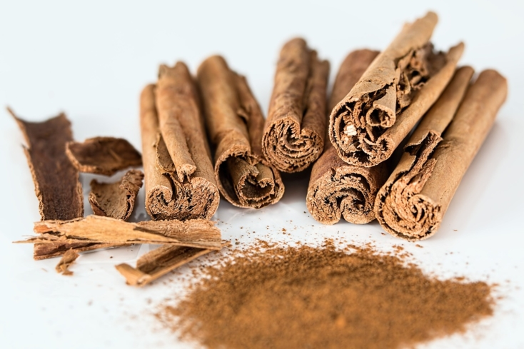 Cinnamon curbs high blood sugar as well as alleviates the symptoms of arthritis