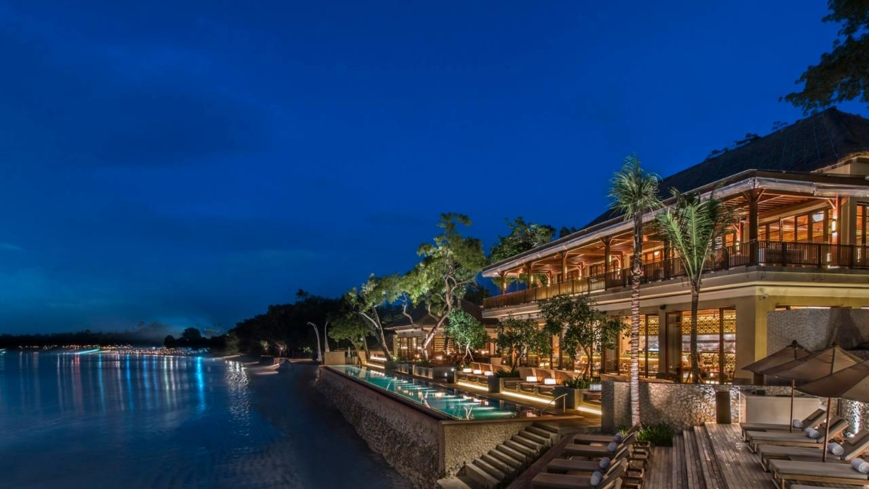 An overview of the Sundara Restaurant at Four Seasons, Jimbaran Bay
