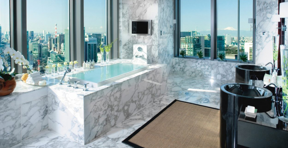 The Presidential Suite bathroom