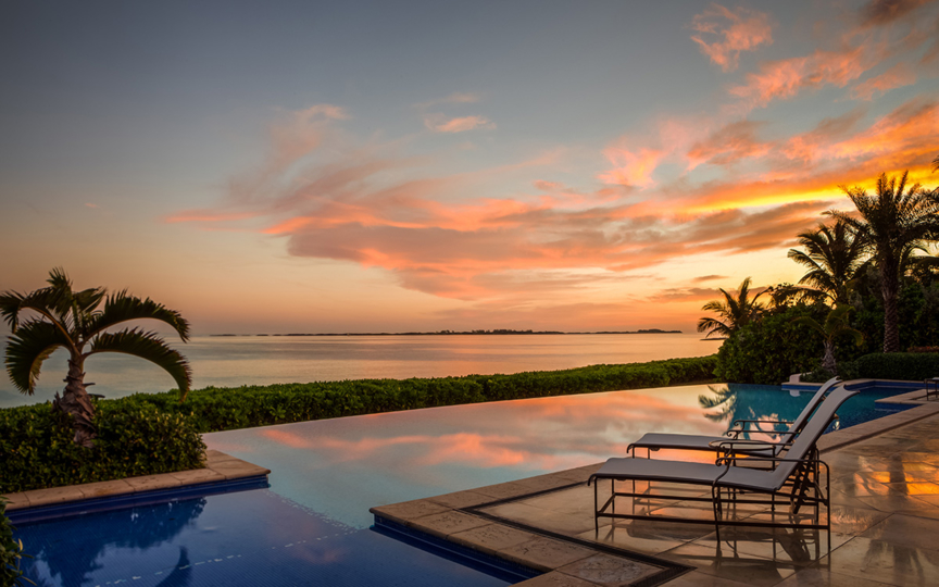 The One and Only Ocean Club Four-Bedroom Villa Landing