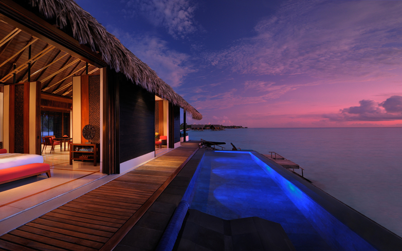One&Only Reethi Rah's Grand Water Village at dusk