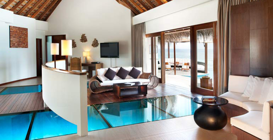The Extreme Wow Ocean Haven living room