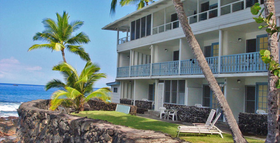 Kona Tiki Hotel one of GAYOT's Top Ten Value Hotels in Hawaii