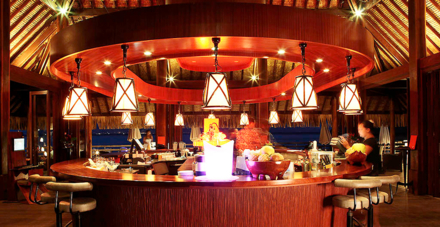 The bar at Sofitel Moorea Ia Ora Beach Resort