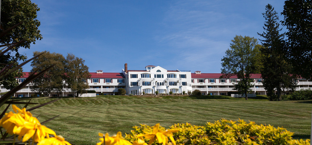 Red Jacket Mountain hotel in New Hampshire