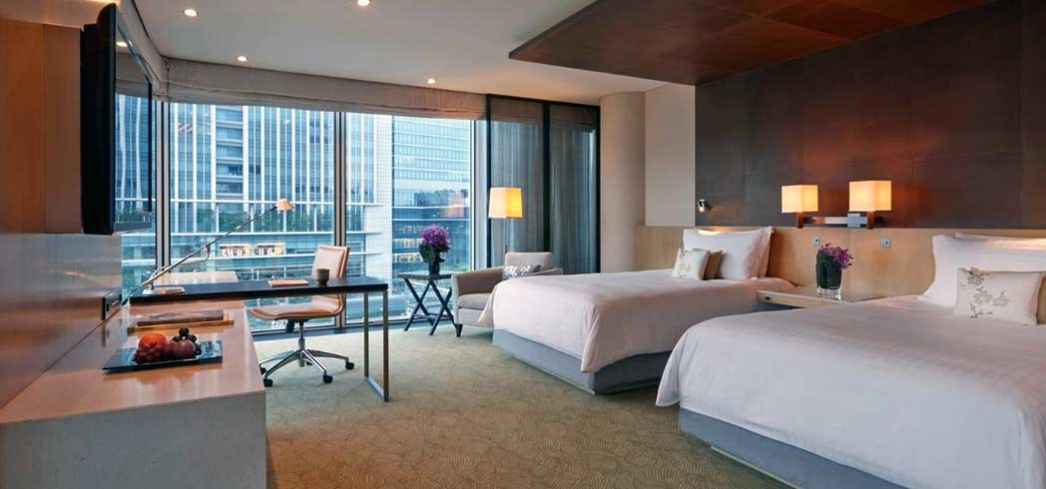 The deluxe premier room at the Four Seasons in Tokyo