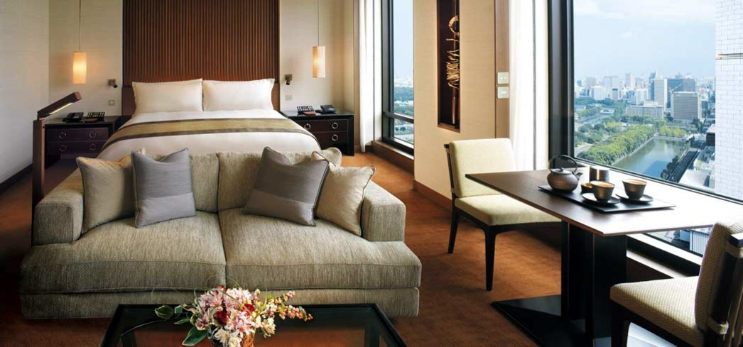 Deluxe park view room at the Peninsula Tokyo