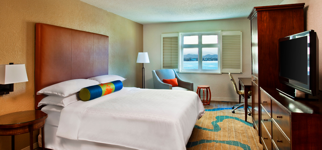 The Deluxe Bay View King Room at Sheraton Old San Juan Hotel