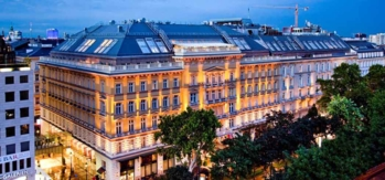 The Grand Hotel Wien at dusk
