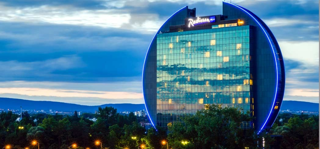 Enjoy stunning views of Frankfurt from the Radisson Blu hotel