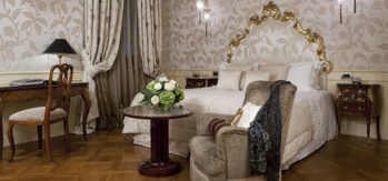 The deluxe suite at the Luna Hotel Baglioni