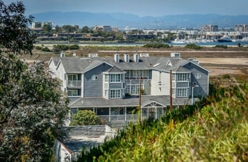Inn at Playa Del Rey is modeled after classic East Coast inns with its gray paint and white trim
