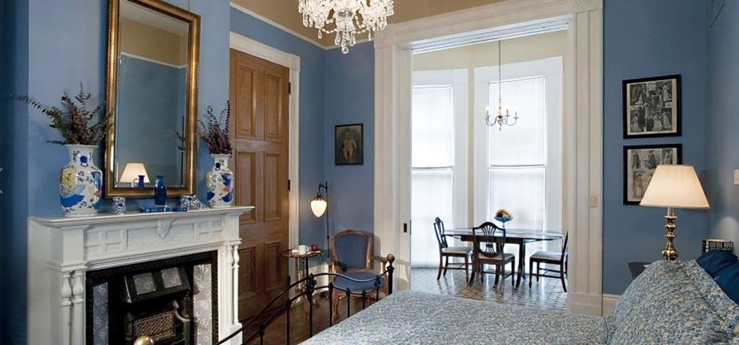 This charming hideaway is three miles out of the French Quarter fray