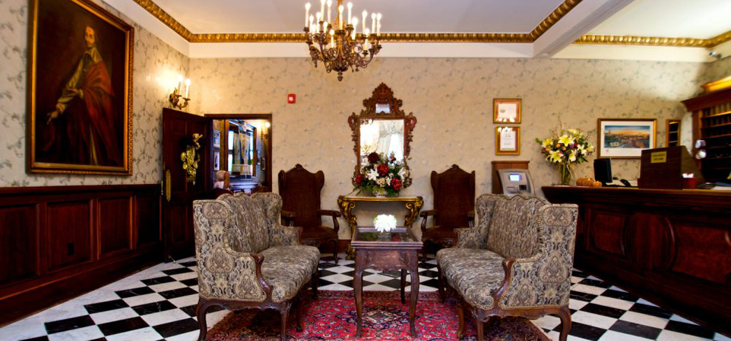 Le Richelieu has a rich history and elegant Creole style