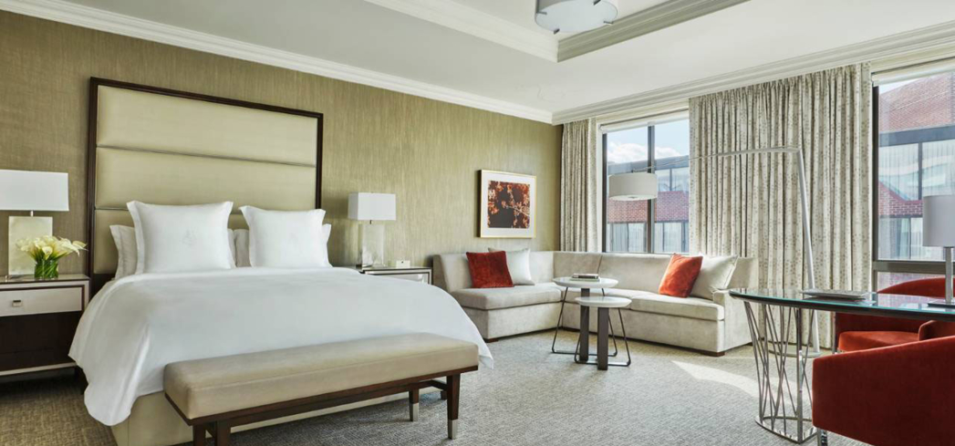 Search GAYOT's Washington D.C. Hotel Reviews