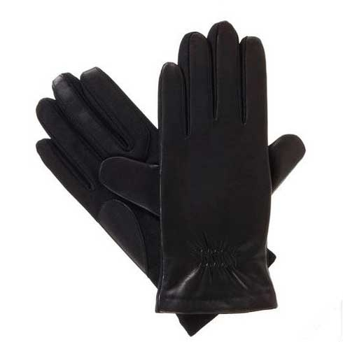 Form meets function with the Isotoner Stretch Leather smarTouch Gloves