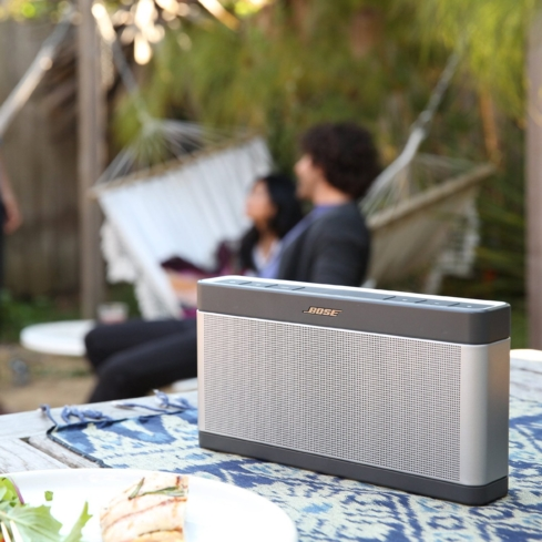 Bose SoundLink Bluetooth Speaker III offers the trusted Bose sound quality in a convenient, compact size