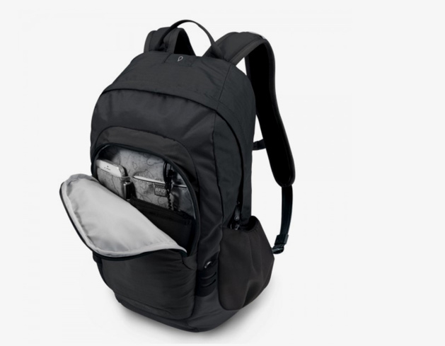 Protect your belongings with the Pacsafe Luggage Venturesafe 15L GII
