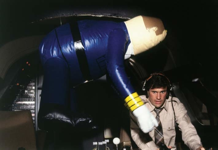 Robert Hays and Otto in Airplane!