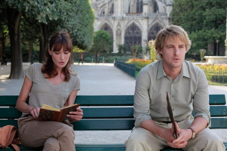 Owen Wilson and Carla Bruni in Midnight in Paris (© 2011 - Sony Pictures Classics)