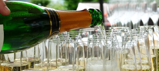 Check out GAYOT's selections of the best American sparkling wines