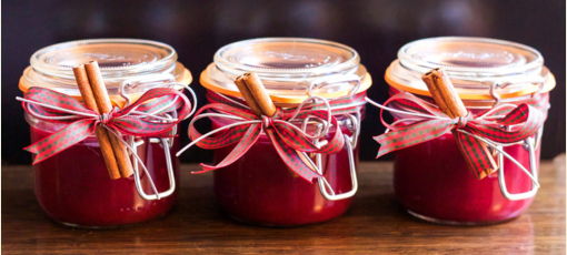 Go ahead and splurge on the cranberry sauce this Thanksgiving, it's good for you