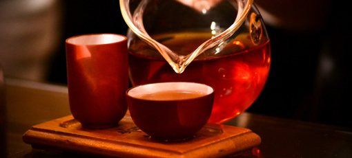 Black tea is a healthy source of caffeine