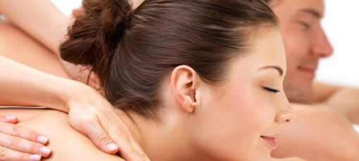 Enjoy a relaxing and rejuvenating couples massage at the Four Seasons in Las Vegas, one of GAYOT's Top 10 Couples Massages