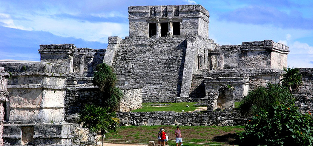 See the Tulum Ruins when visiting the Riviera Maya in Mexico