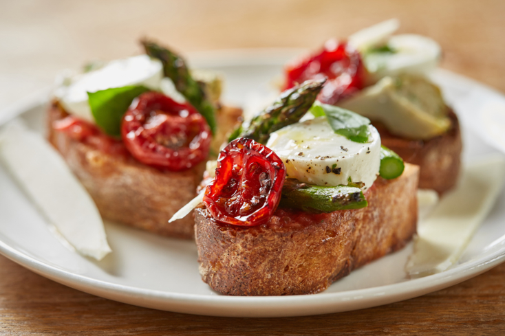 Monteverde, Chicago: Crostini (Photo Galdones Photography)