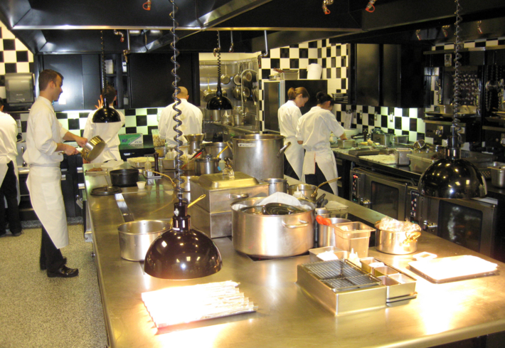 Joël Robuchon Las Vegas: Kitchen