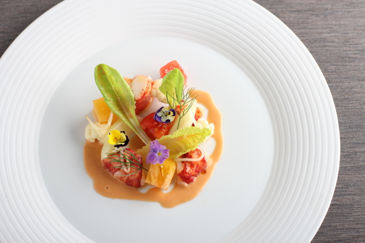 Mélisse: Maine lobster with heirloom tomatos, fennel, lobster vinaigrette (Photo Credit: Matthew Kiefer)