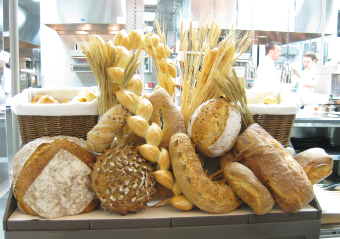 Restaurant Guy Savoy Las Vegas: Bread Cart