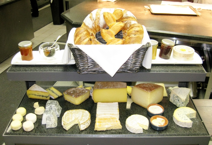 Restaurant Guy Savoy Las Vegas: Cheese Cart