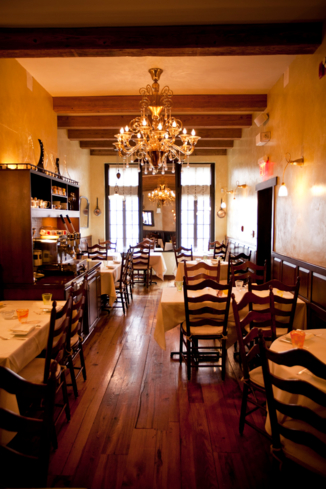 Vetri's cozy decor brings a family dining room feel