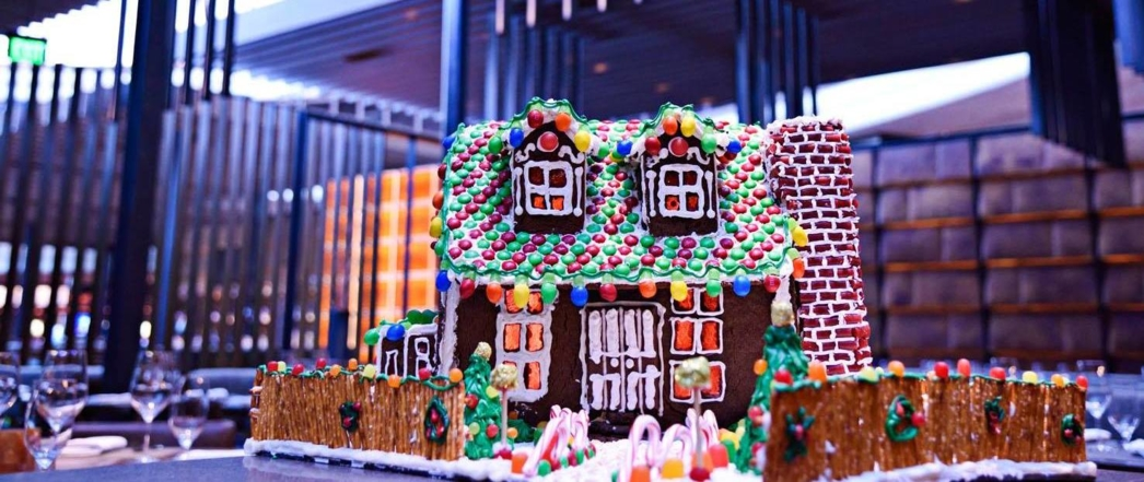 Gingerbread house at Tom Colicchio's Heritage Steak in Las Vegas, NV