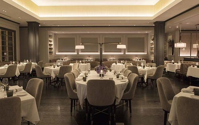 Dining room of Bourbon Steak in Glendale, CA